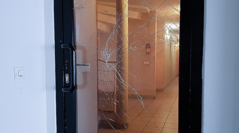 Do You Need to Replace Your Commercial Glass Doors?